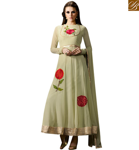 STYLISH BAZAAR WONDERFUL CREAM GEORGETTE PARTY WEAR ANARKALI SALWAR KAMEEZ WITH FLORAL WORK SLMUG10034
