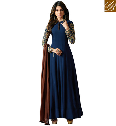 STYLISH BAZAAR SMALL SCREEN ACTRESS JENNIFER WINGET GETS HOTTER WITH LONG NAVY EVENING TRADITIONAL INDIAN GOWN SLMUG11006