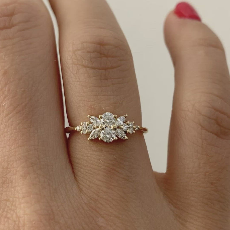Engagement-Ring-with-a-Cluster-of-Diamonds-Small-Flora-Ring-closeup-video