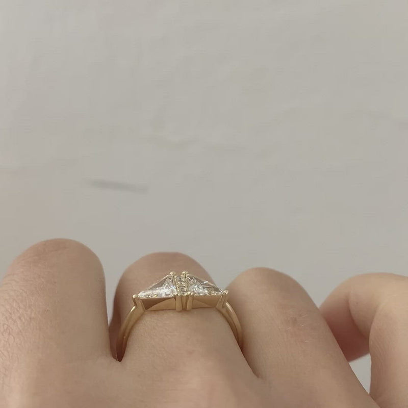 Triangle-Cut-Diamond-Ring-One-Carat-video