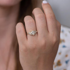 Princess Diamond Ring with Baguette Lineup4