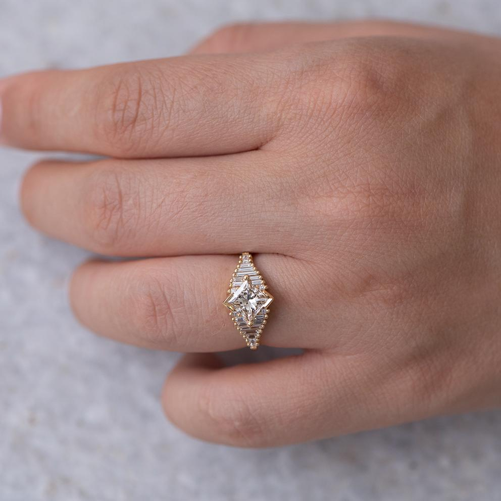 Princess Diamond Ring with Baguette Lineup5
