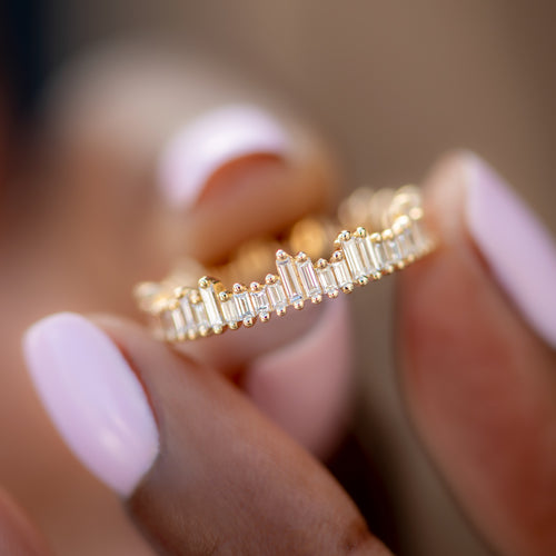 Cityscape-Eternity-Ring-with-Needle-Baguette-Diamonds-sparking