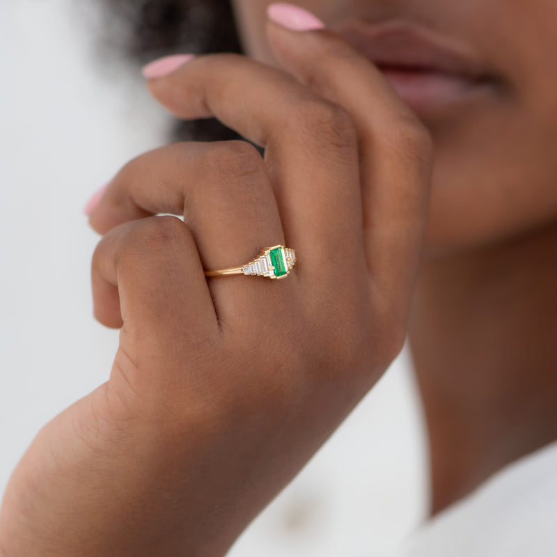 Dainty-Emerald-Engagement-Ring-with-Needle-Baguette-Diamonds-MOMENT
