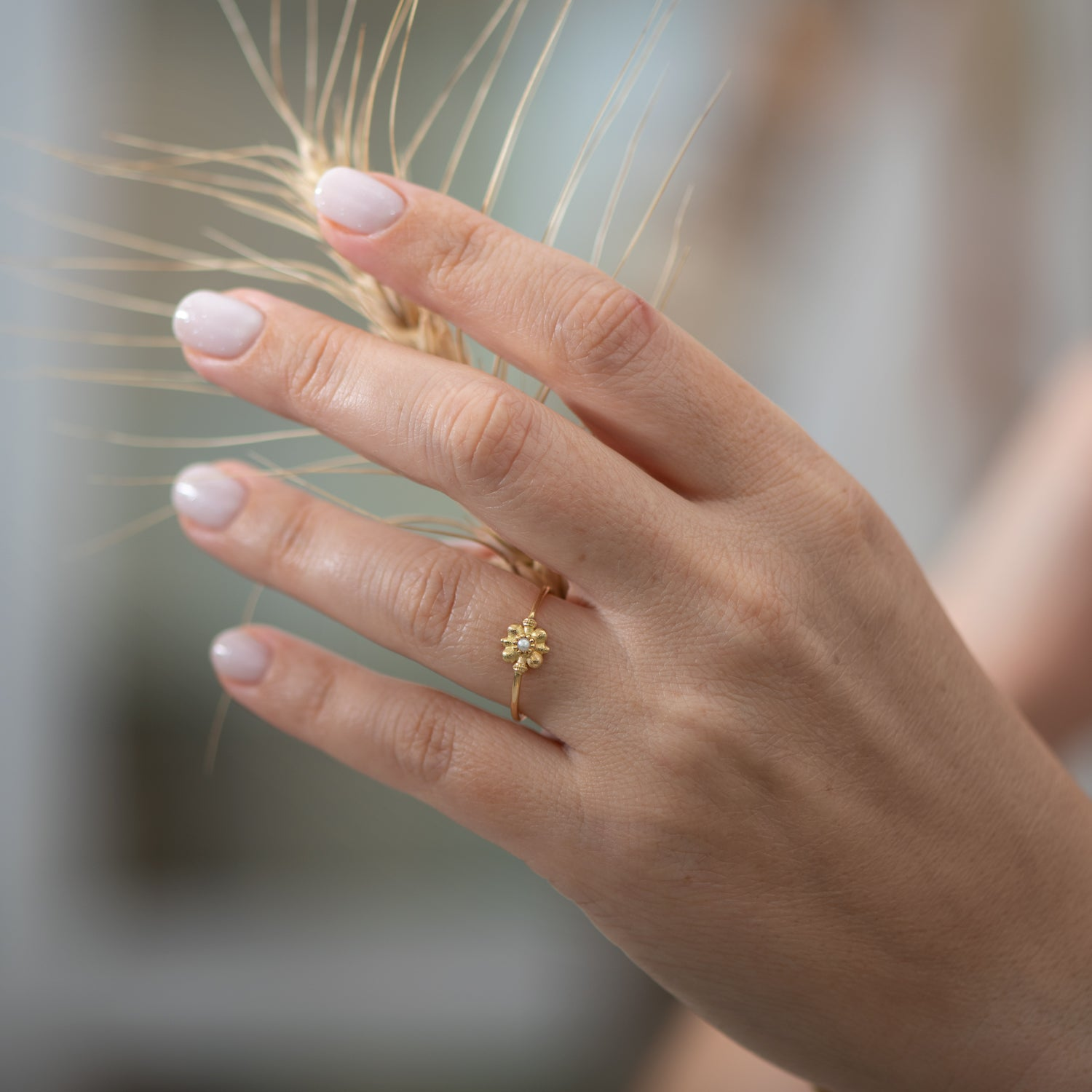 Dainty-Gold-Flower-Ring-Seed-Pearl-Ring-Wheat