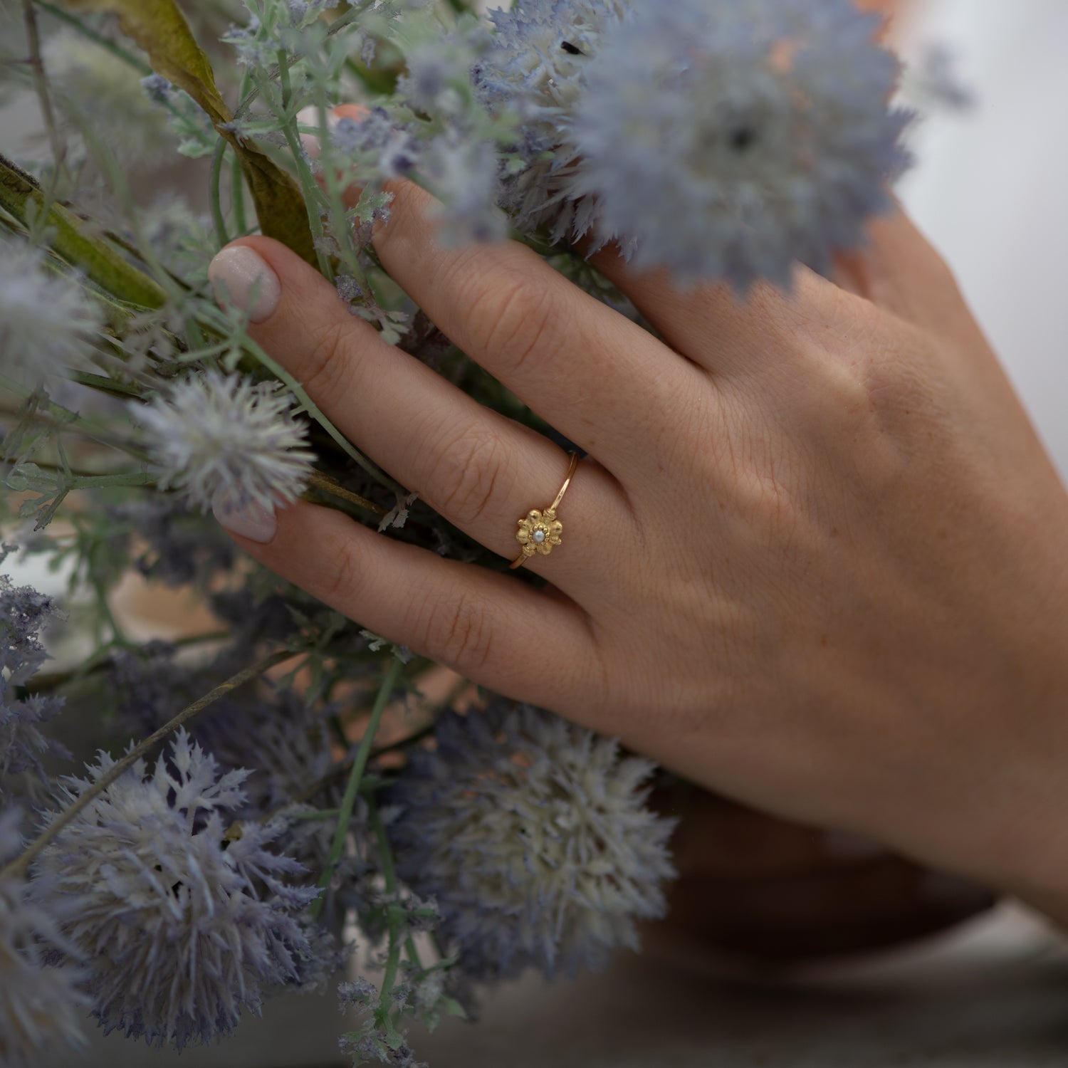 Dainty-Gold-Flower-Ring-Seed-Pearl-Ring-flowers