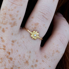 Dainty-Gold-Flower-Ring-Seed-Pearl-Ring-top-shot-closeup
