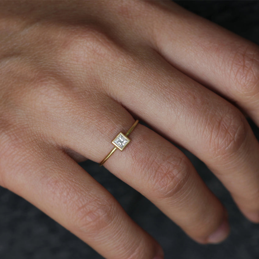 Dainty Ring Set With Princess Cut Diamond On Finger