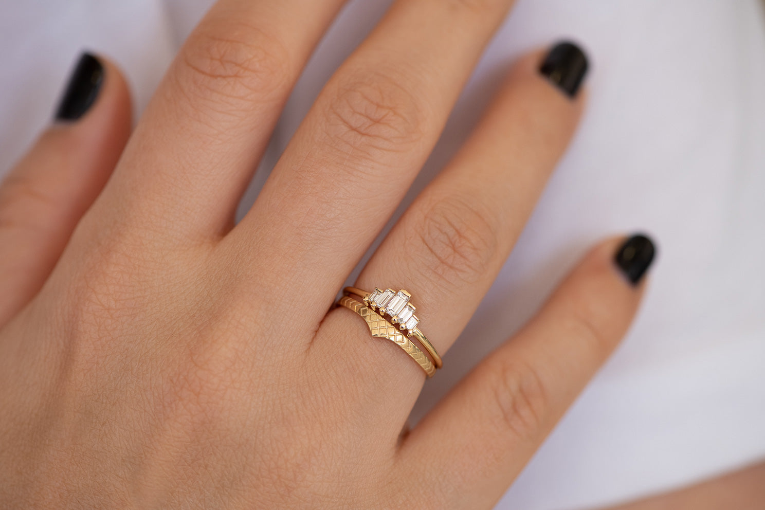 Delicate Wedding Band - Patterned Ring on Hand in set