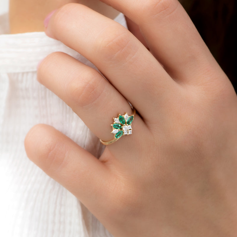Emerald-and-Diamond-Cluster-Engagement-Ring-angle