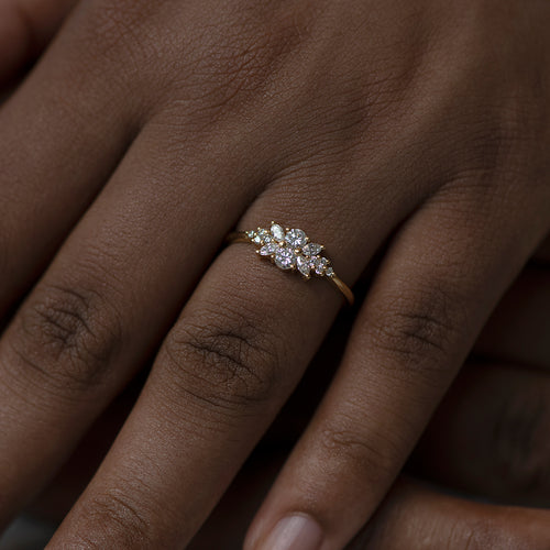 Engagement Ring with a Cluster of Diamonds - Small Flora Ring