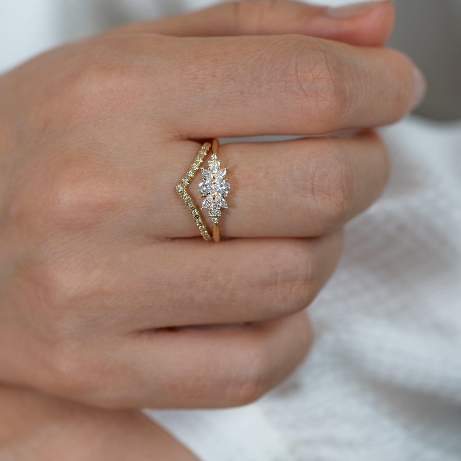 Engagement-Ring-with-a-Cluster-of-Diamonds-Small-Flora-Ring-top-shot-close-up