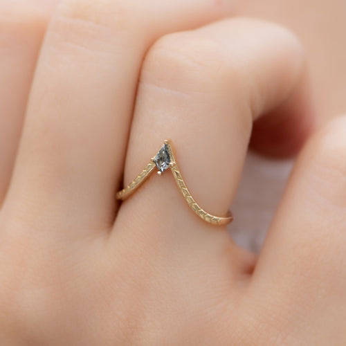 Engraved-Chevron-Ring-with-a-Salt-and-Pepper-Kite-Diamond-on-finger