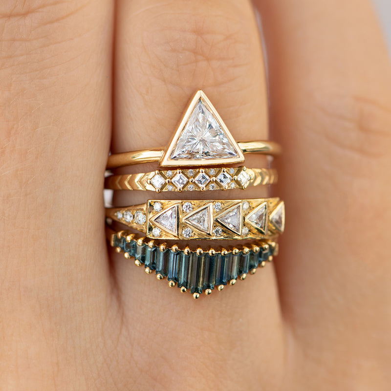 Geometric-Bar-Ring-with-Triangle-Cut-Diamonds-in-18k-Solid-Gold-in-set
