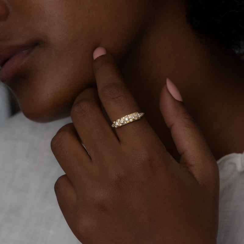Geometric-Bar-Ring-with-Triangle-Cut-Diamonds-in-18k-Solid-Gold-on-finger