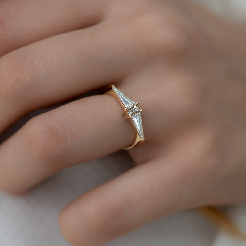 Geometric-Engagement-Ring-with-OOAK-Arrow-Diamonds-side-shot