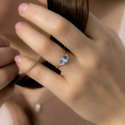 Half-Moon-Sapphire-Engagement-Ring-with-Baguette-Cut-Diamond-sparking