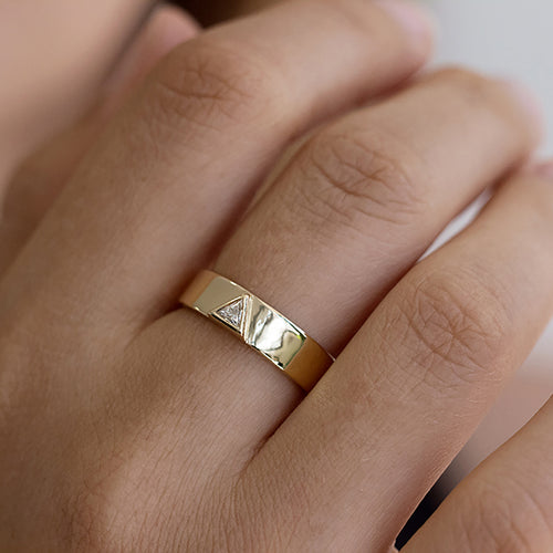 Men's Wedding Band with Trillion Diamond