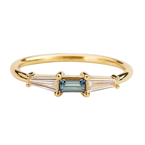 Minimalist-Diamond-and-Teal-Sapphire-Ring-Sapphire
