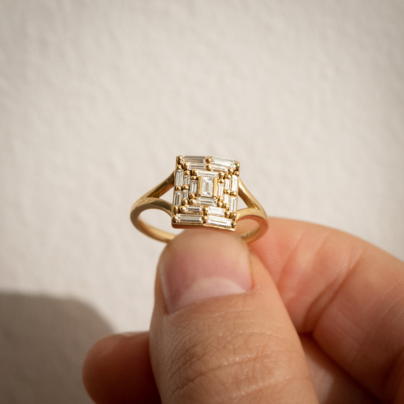 Needle-Baguette-Diamond-Temple-Engagement-Ring-SOLID-GOLD