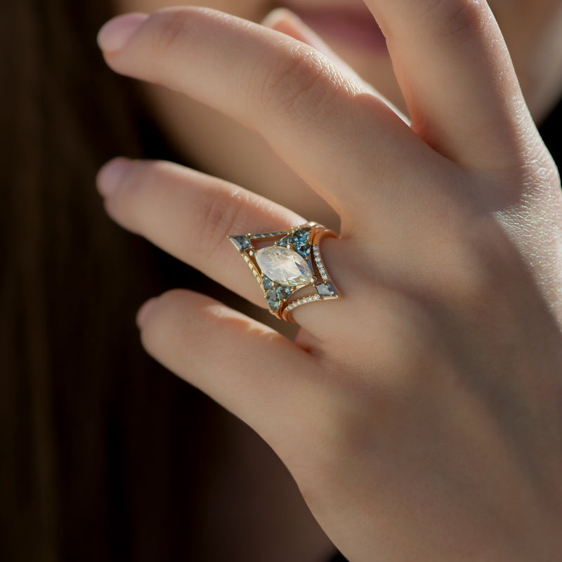 Nesting-Kite-Diamond-Wedding-Ring-with-a-Pave-Diamond-Band-in-set-side-shot