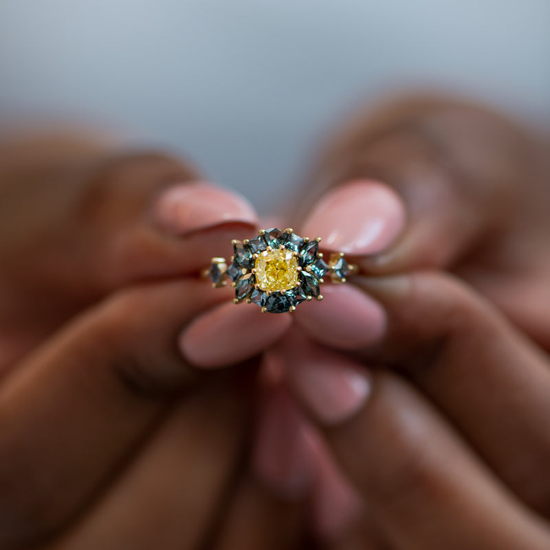 OOAK-Color-Changing-Garnet-Engagement-Ring-with-Fancy-Yellow-Diamond-moment