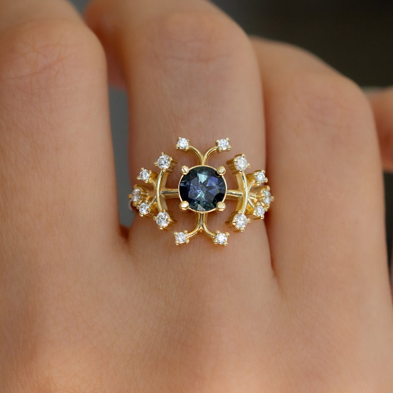Parti-Sapphire-Engagement-Ring-with-Brilliant-Cut-Diamonds-SPARKING-TOP-SHOT