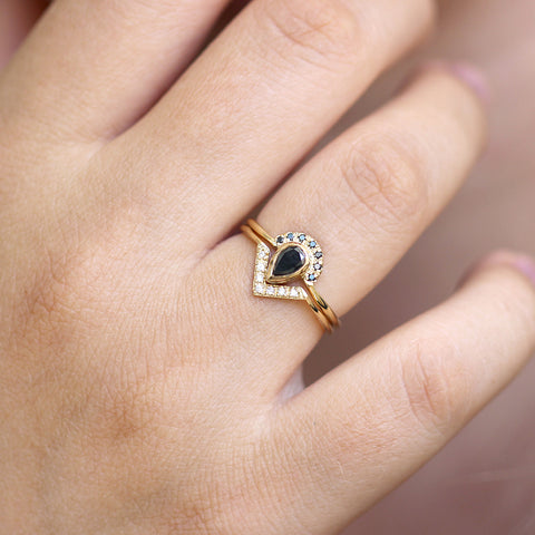 Pear black diamond wedding set - Pave Diamonds V Ring