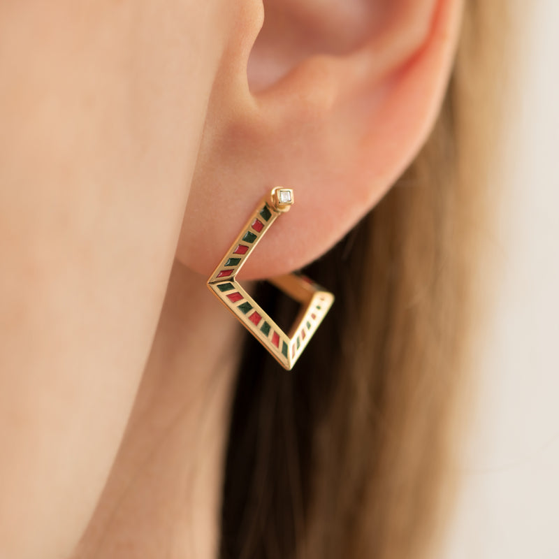 Pentagon-Hoop-Earrings-with-a-Geometric-Pattern-side-shot
