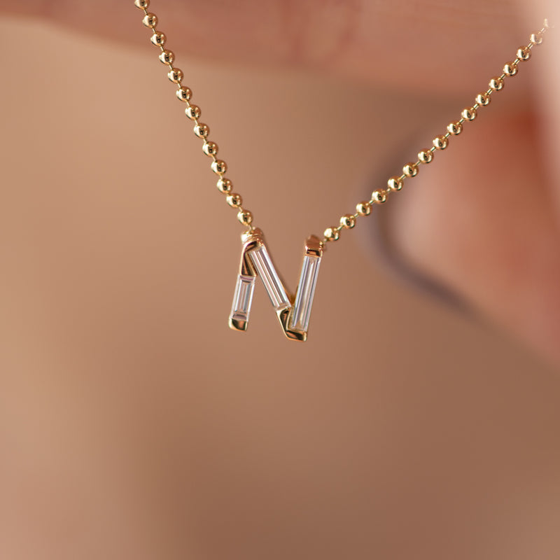 Personalised-Initial-Necklace-with-Baguette-Diamonds-freckles-N-CLOSEUP
