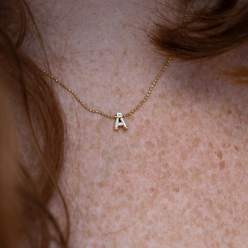 Personalised-Initial-Necklace-with-Baguette-Diamonds-freckles