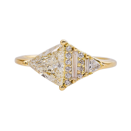 Rhombus-Engagement-Ring-with-Mixed-Diamond-Cuts-closeup