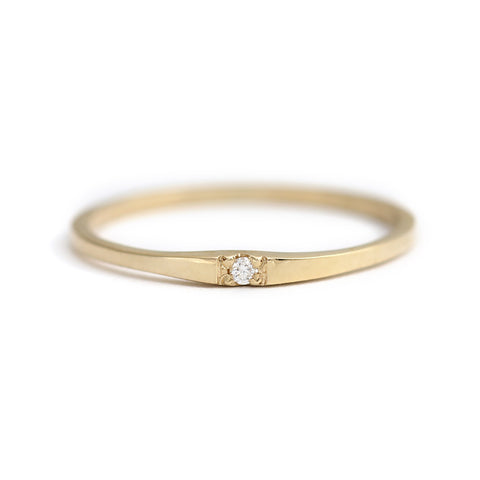 single small diamond band
