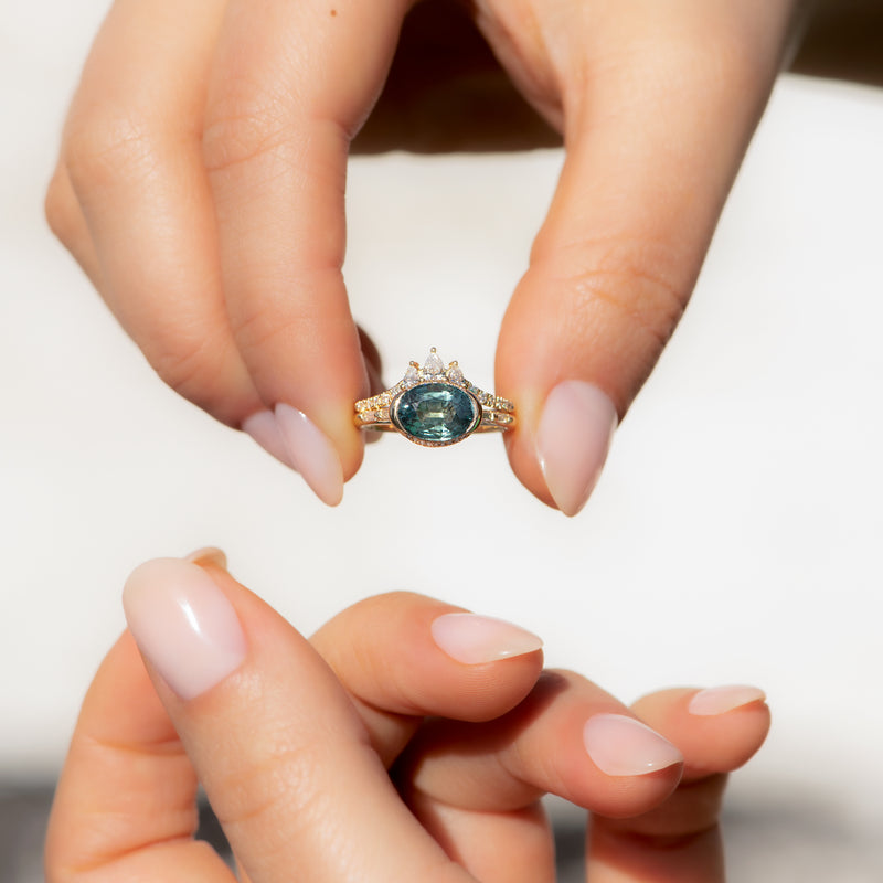 Teal-Sapphire-Engagement-Ring-with-Delicate-Diamond-Detailing-OOAK-sparking-in-set
