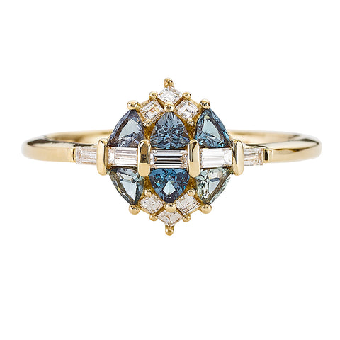 Teal-Sapphire-and-Diamond-Cluster-Engagement-Ring-closeup