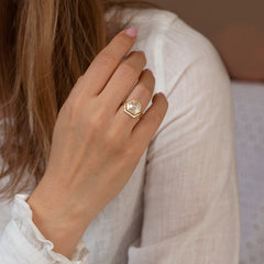 Trapezoid-Nesting-Ring-with-Baguette-Diamonds-moment-in-set