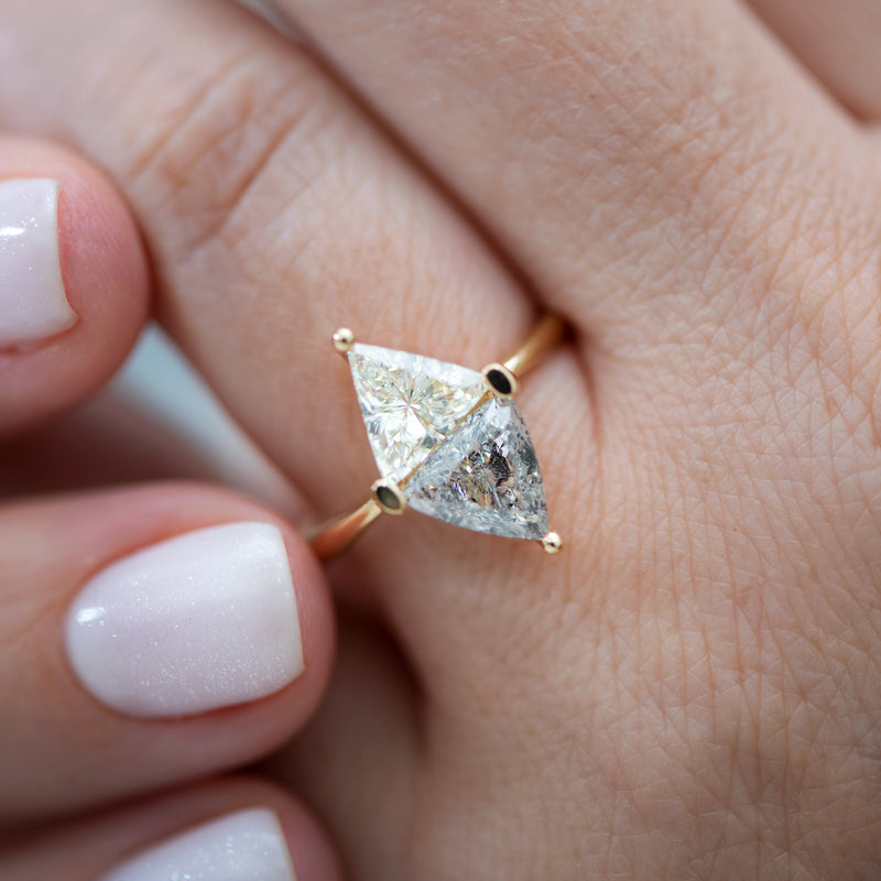 Two-Tone-Diamond-Rhombus-Engagement-Ring-White-and-Grey-Trillions-top-shot-close-up