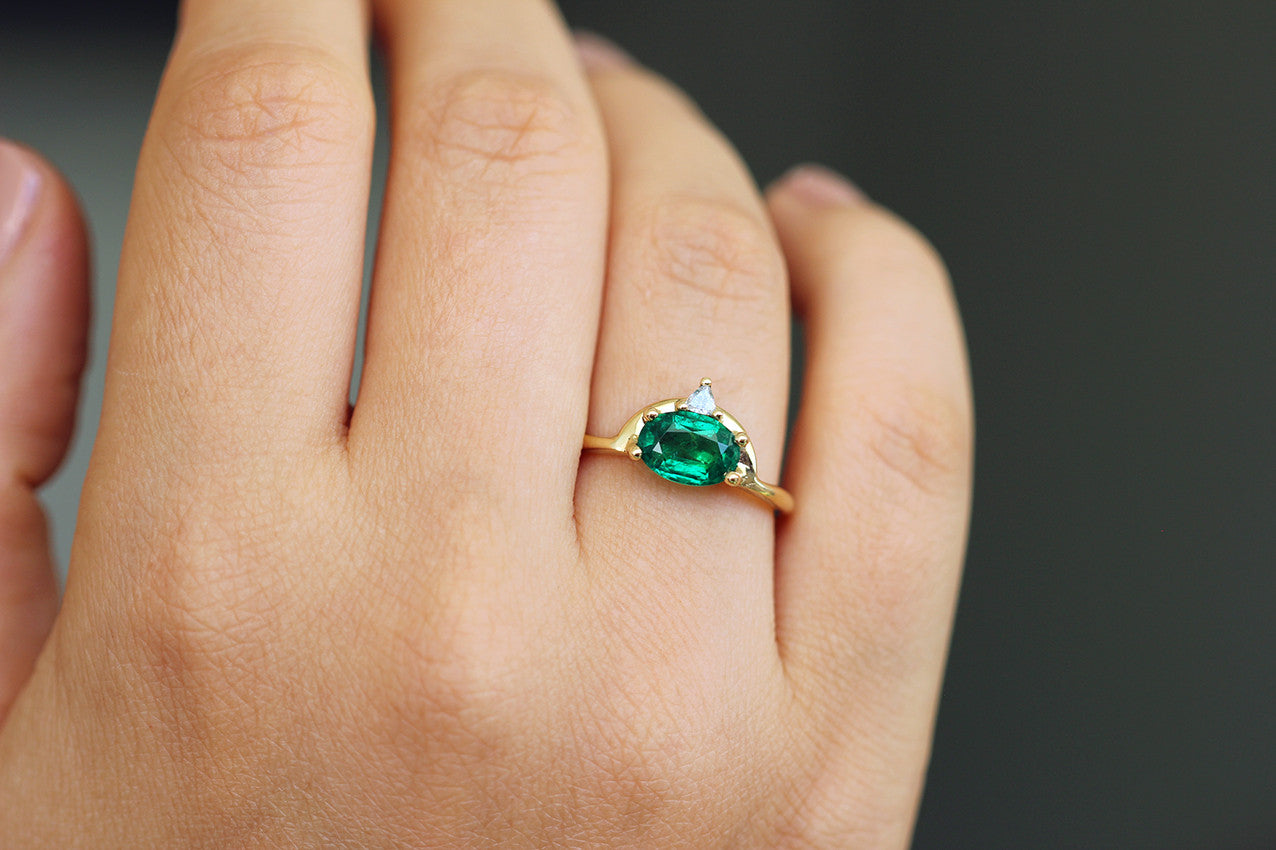 One carat emerald ring