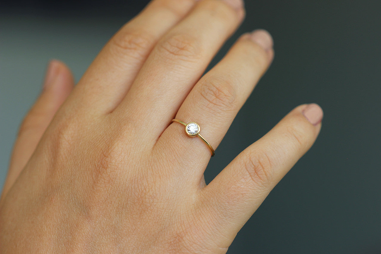 carat halo with solitaire engagement rings ring