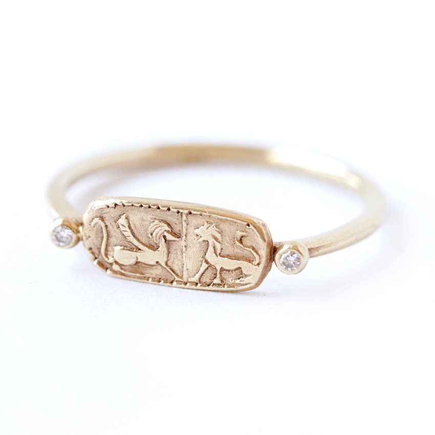 Signet Ring Women - Gold Lions Ring
