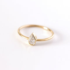 Pear Diamond Wedding Set - 0.2 Carat
