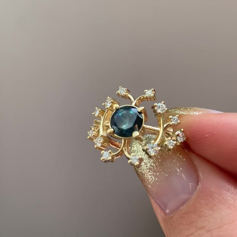 Parti-Sapphire-Engagement-Ring-with-Brilliant-Cut-Diamonds-VIDEO