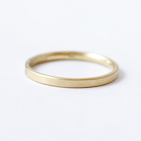 simple gold band for her