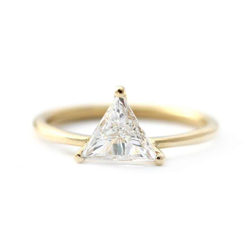 triangle diamond ring in prong setting 08 carat � artemer