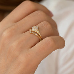 Detailed Star Engagement Ring2