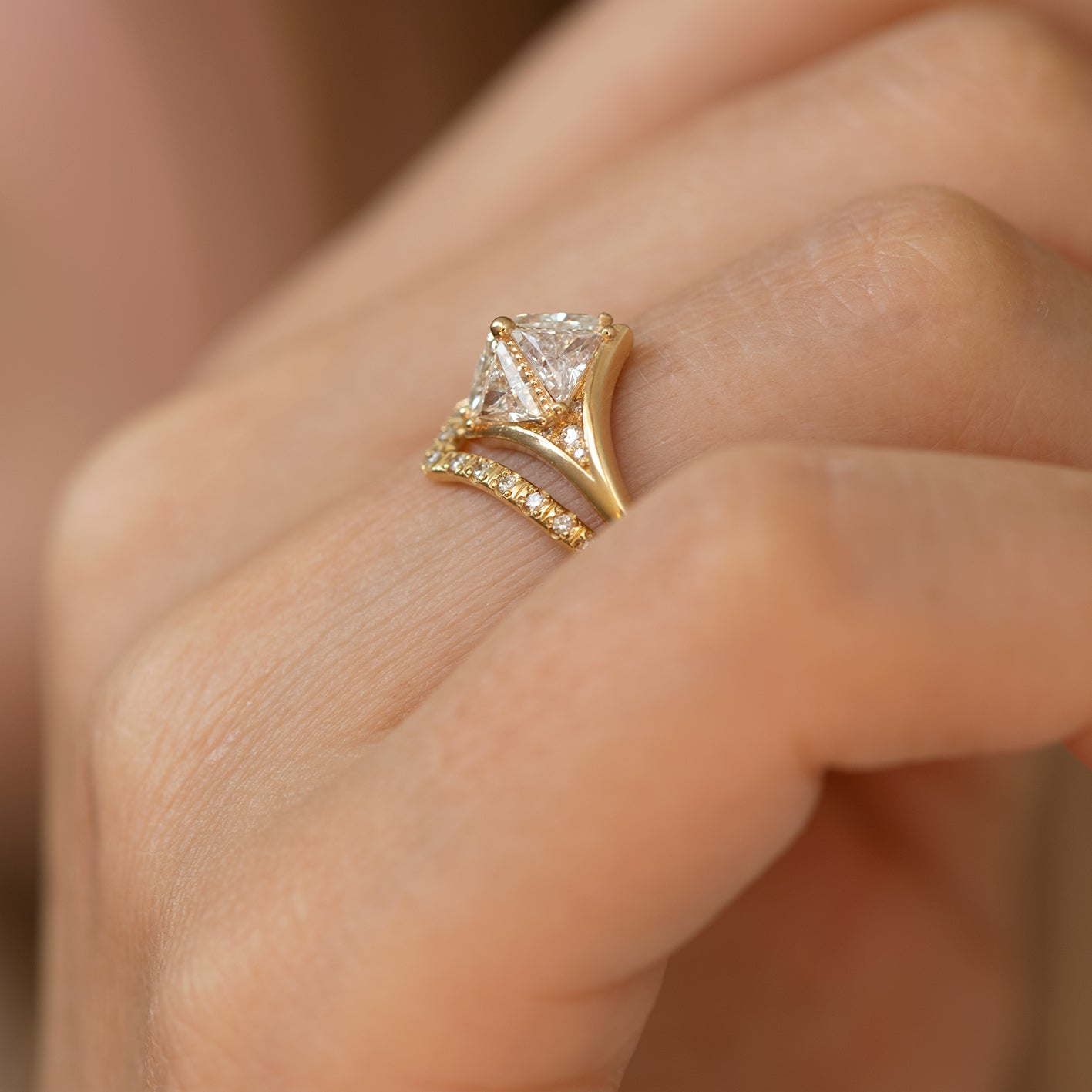 Detailed Star Engagement Ring5