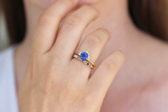 One Carat Sapphire Ring with Diamonds