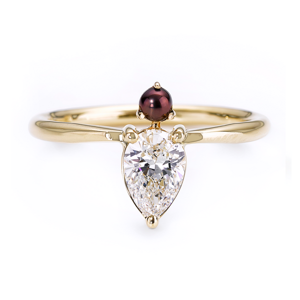 Diamond And Pearl Engagement Rings: Pear Diamond Engagement Ring With Black Pearl