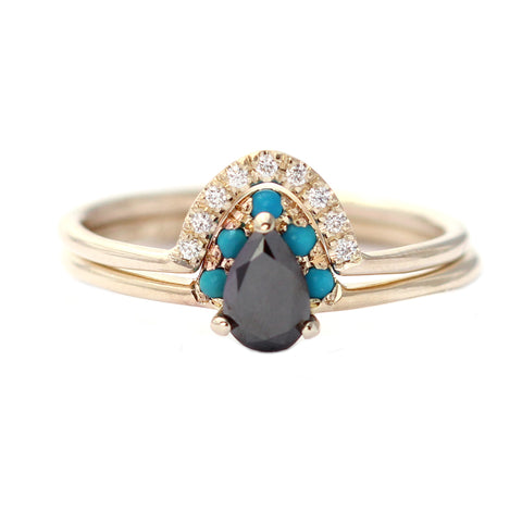 Black Pear Engagement Set