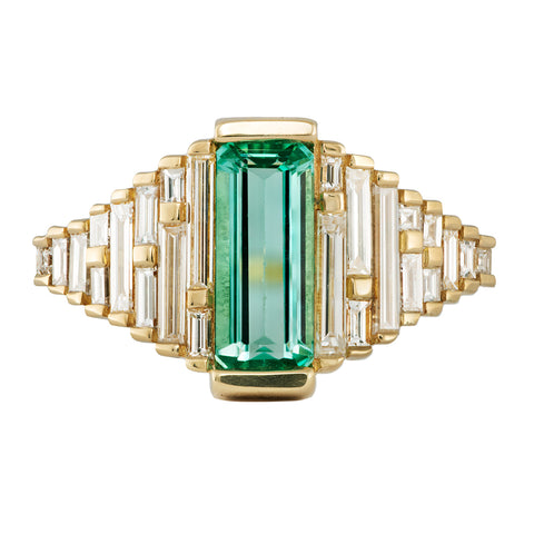 Emerald Ring with needle baguette Diamonds